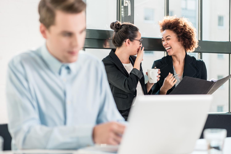 Consequências jurídicas da fofoca no ambiente de trabalho