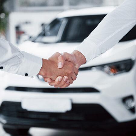 Antigo dono que não comunicou venda de veículo responde solidariamente por infrações